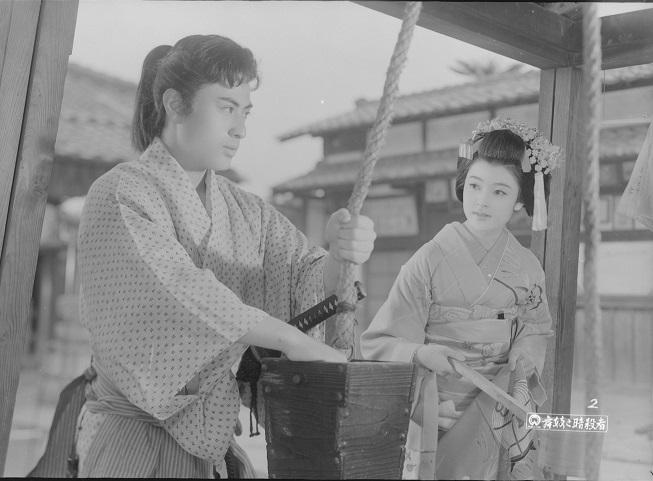 舞妓と暗殺者(75分/35mm)